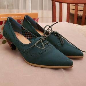 Modcloth Oxford Heels